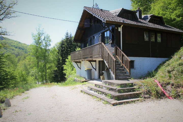 Renovated valley view chalet