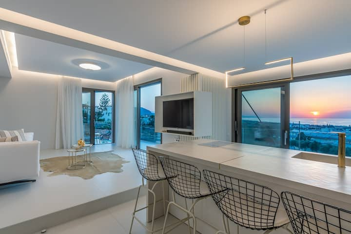 Serenity SeaView Villa w pool |Onira Suite Dreams