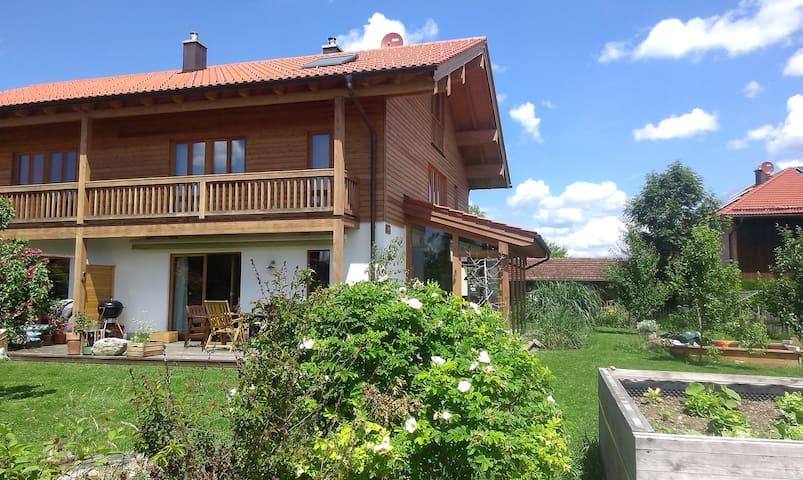 Familienurlaubsglück zwischen Bergen und München - Valley - Hus