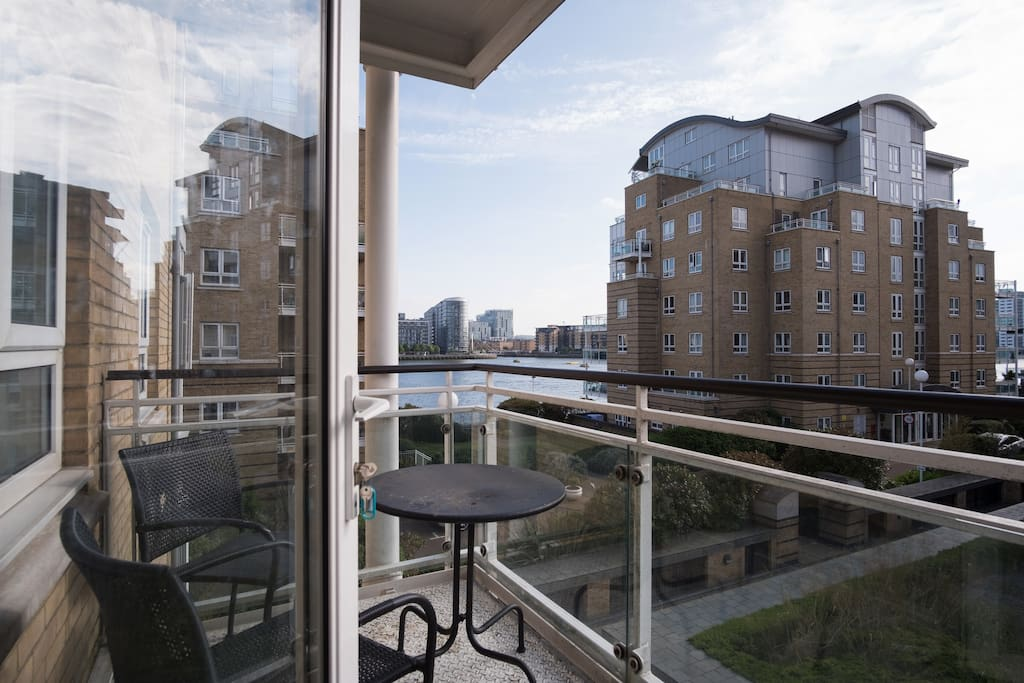 There is a wonderful balcony with views of the river!