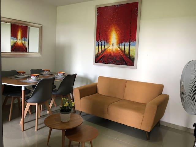 (Nuevo) Apartamento moderno, cómodo y privado.