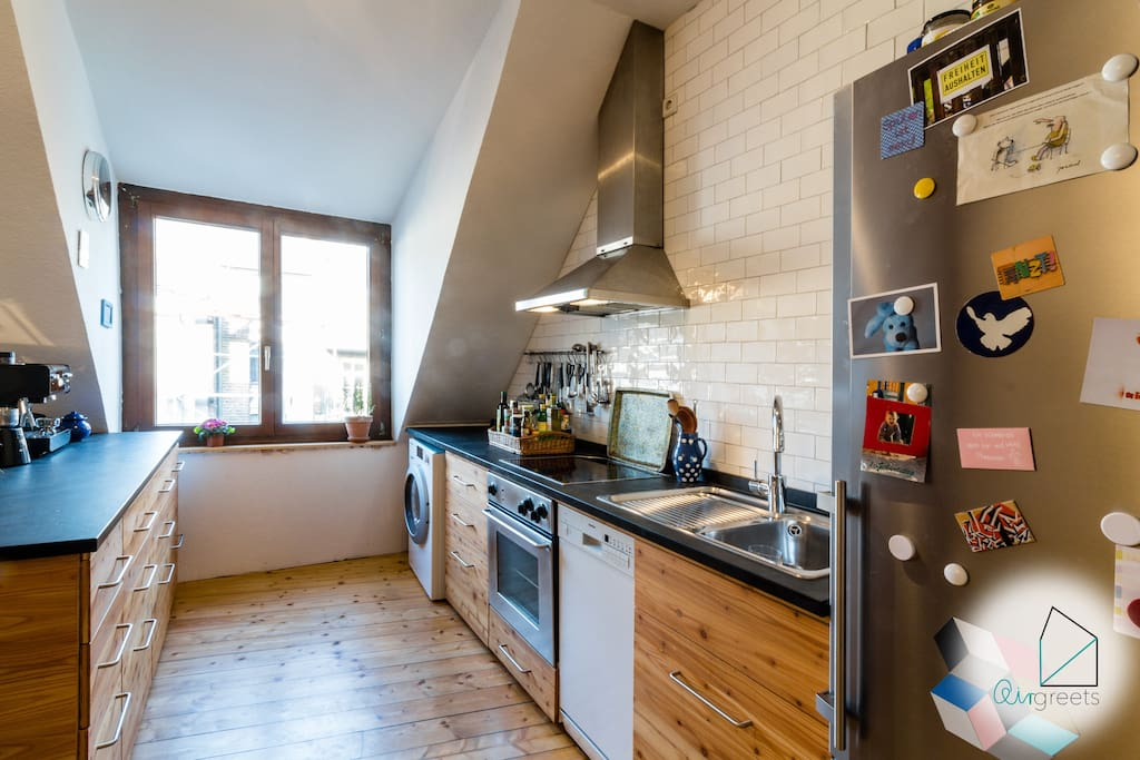 The fully equipped and beautiful kitchen invites you to cook delicious meals!