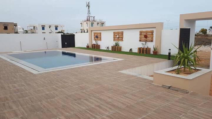 Superbe Villa pieds dans l'eau & moderne à Djerba