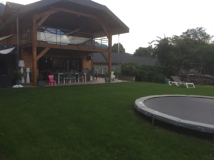 Maison familiale proche d'Annecy
