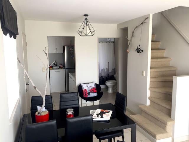 Habitación en casa nueva con estilo minimalista - Punta Arenas - Rumah
