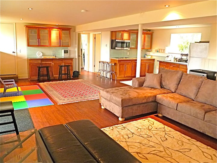Best 2 Bed Lopez Location near a West Facing Beach