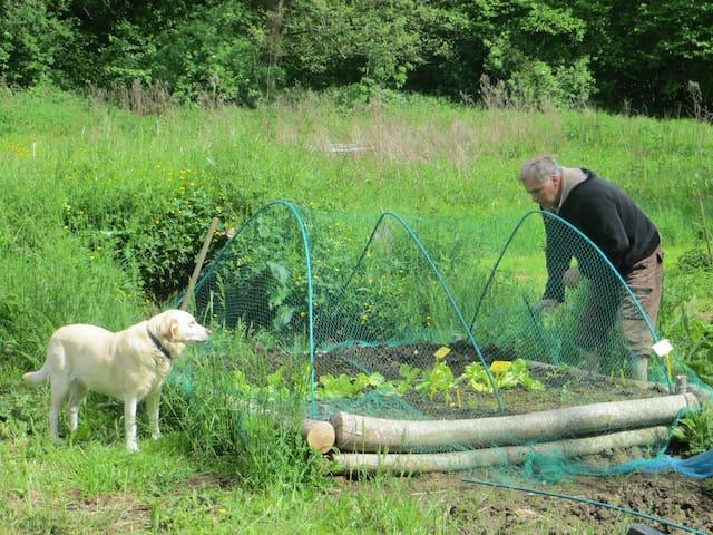 Raymond and Alaska in the vegitable garden/potager.