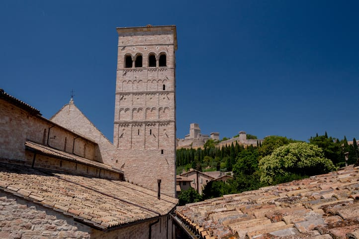 Airbnb Assisi Vacation Rentals Places To Stay