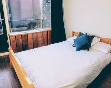 Double Room- Free parking - Groningen - Lejlighed
