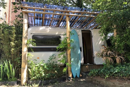 Retro surf caravan Aloha óe