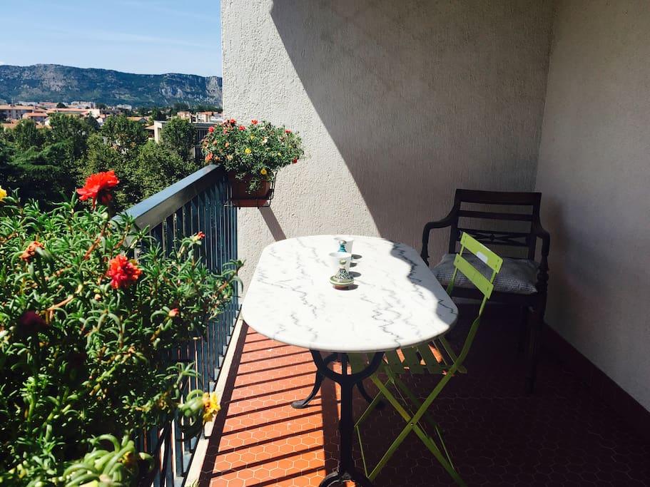 Balcon avec jolie vue du 6ème étage