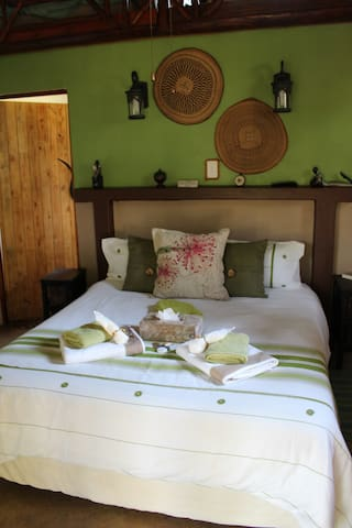 Tswalu Grove Safari Lodge: Safari