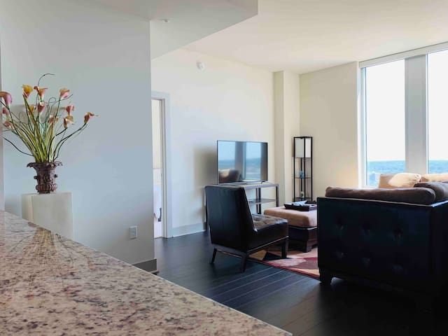 NEW 2 Bedroom Suite w/ Balcony | Tysons Highrise