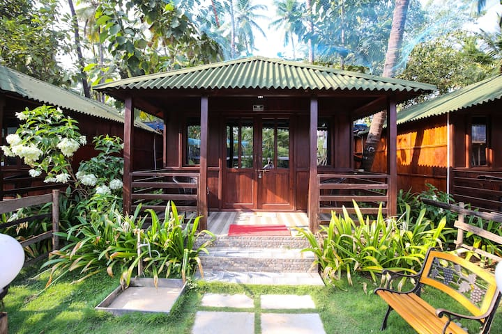 Luxury Cottage at Palolem Beach - Canacona - Cabana