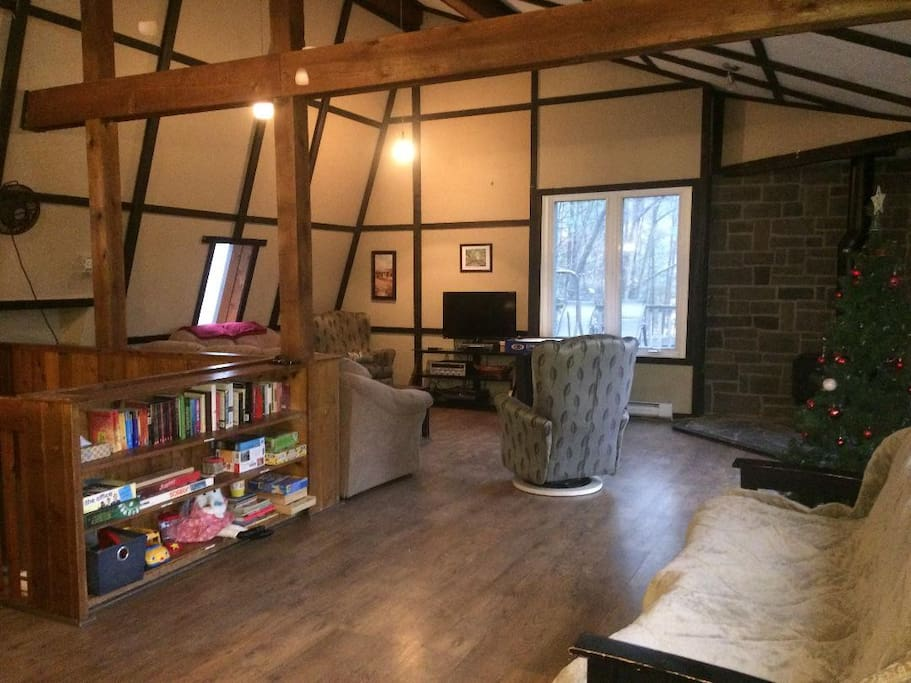 Cozy Ski Chalet In Horseshoe Valley Chalets For Rent In