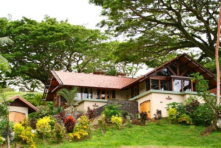 Vesi Villa - a beautiful private home in Savusavu