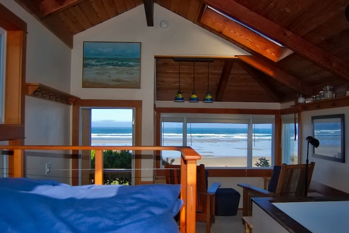 Oceanfront Cottage - North Oregon Coast