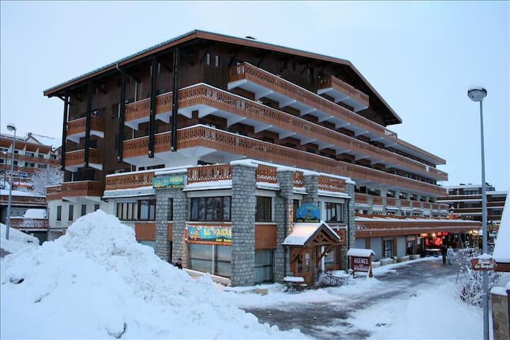 Cosy and functionnal, at the foot of ski slopes - L'Alpe d'Huez - Apartment