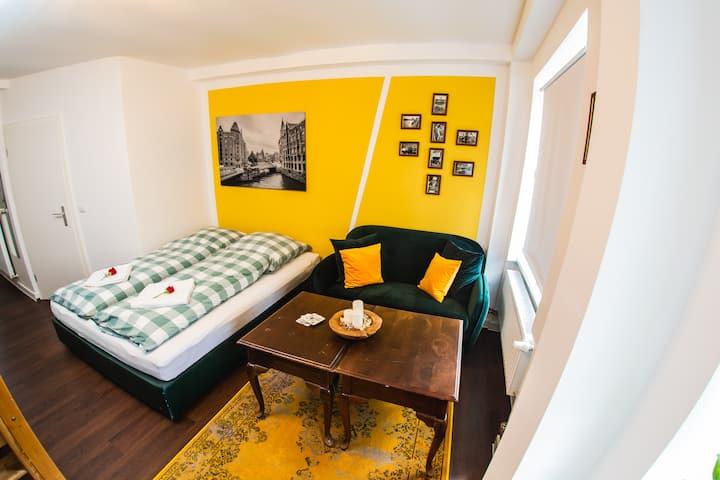 St Pauli CITY Apartment (1-4 Persons) *NEW*
