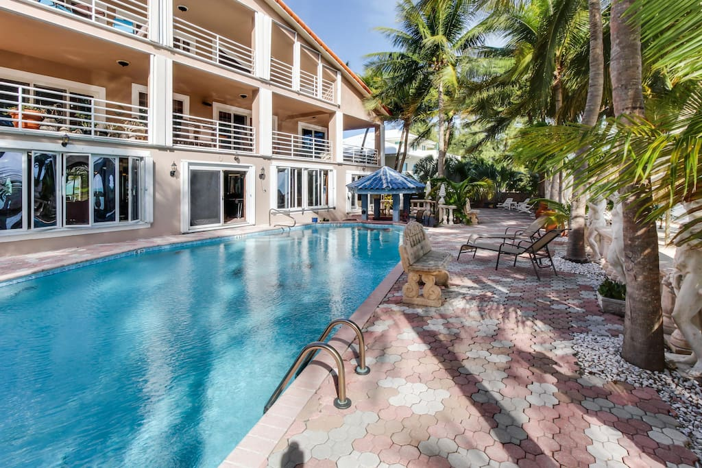 Oceanfront condo w beach access swim up bar in shared - Florida condo swimming pool rules ...