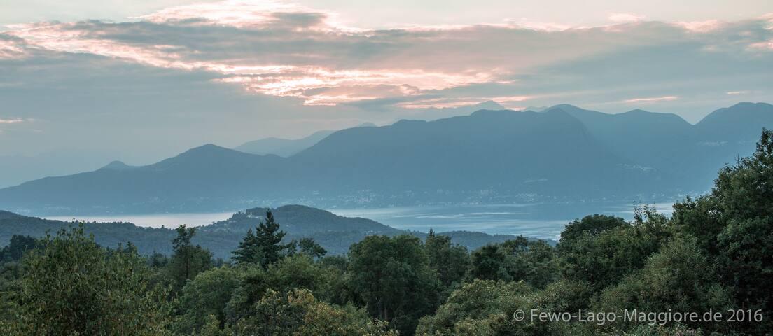 Ferienwohnung (A) mit Seeblick am Lago Maggiore. - Montegrino Valtravaglia - Appartement
