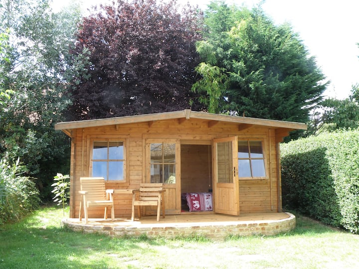 Log cabin for all seasons with TV and free Wi-Fi