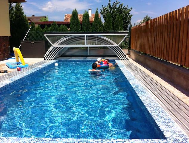 7 hálószobás Villa - medence