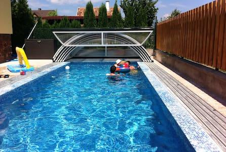 7 hálószobás Villa - medence - Kővágóörs