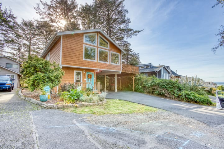 NEW LISTING! - Modern & spacious home with nearby ocean & Cannon Beach access!