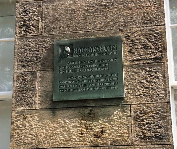 Plaque re: Chopin's visit to Edinburgh