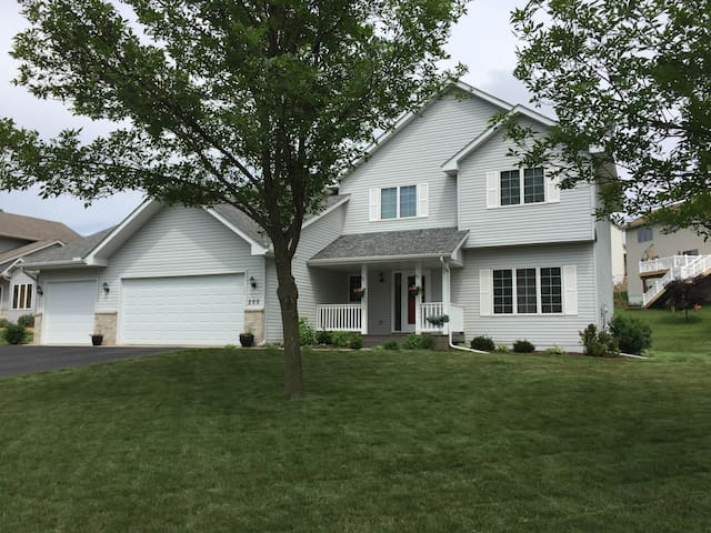 3.2 miles from 2016 Ryder Cup - Chaska, MN - Chaska - Ev