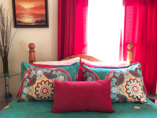 Your Queen bed in loving color, dreamland awaits.