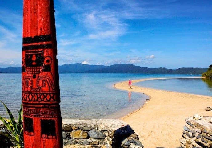 Uwak Tent: Capsalay Reef Camp 2 Guests Full Board