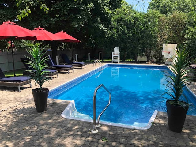 Access to the pool is included in your stay.