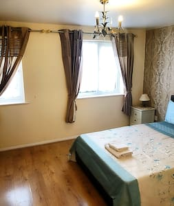 Comfortable one bedroom flat , entire property