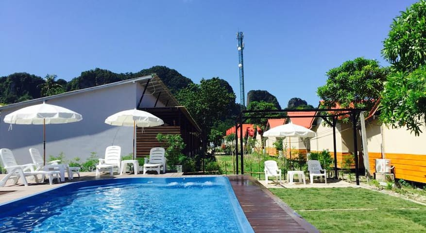 Double/Twin Bed + Patio & Sunbed + Pool - Ko Phi Phi Don - Cabaña
