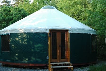 Stockton Harbor Yurts- Mallard