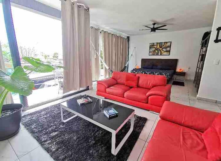 Suite Exterior near Mall !!!