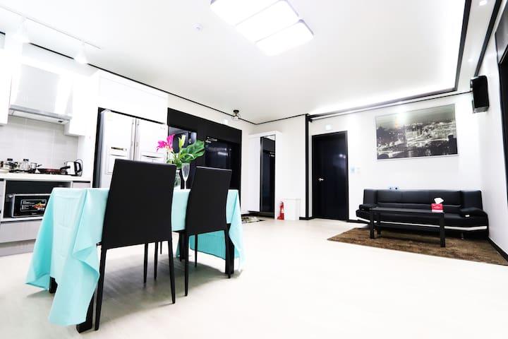 """hello~삼성 디지털'단지앞 깨끗한,신축건물~~ (매탄권선역도보2분)""특실''-행유재-"