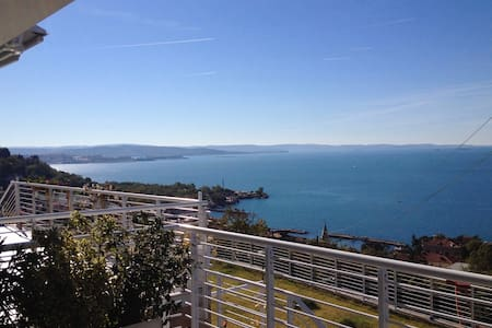 Stunning sea view of the Gulf of Trieste - Trieste - Apartamento