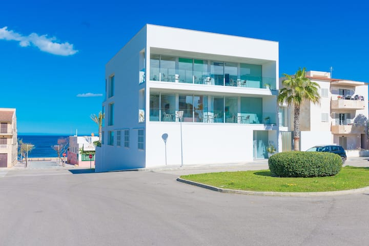 VILLA MAR - Awesome house with sea views in Can Picafort.