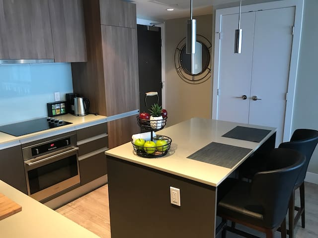 A fully equipped kitchen for your use.