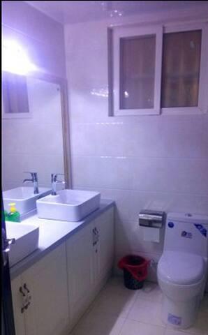 西安方圆公寓二卧室一厅套房