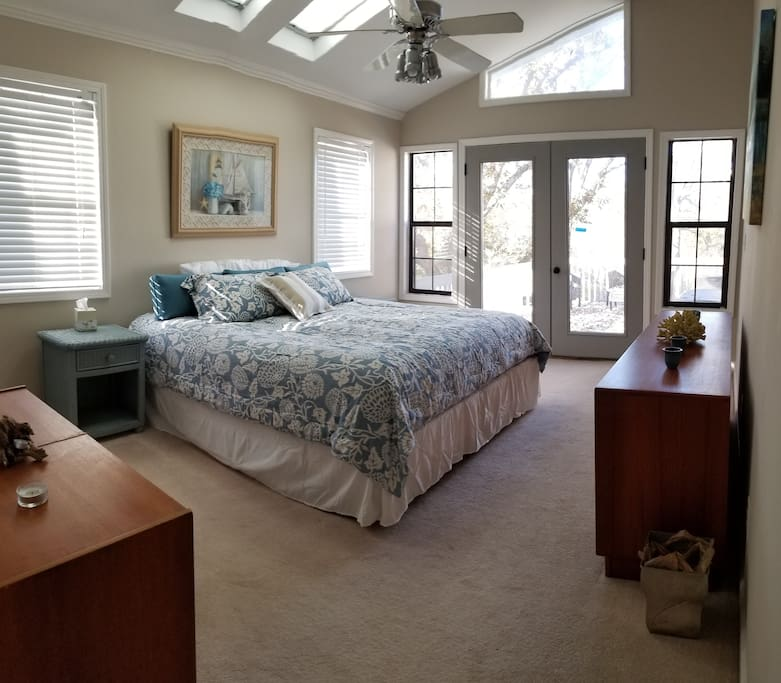 Spacious and Comfortable Master with King bed, and private deck overlooking lake