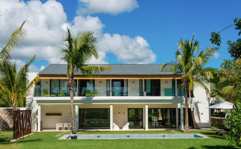 Modern villa, Puntacana Resort & Club