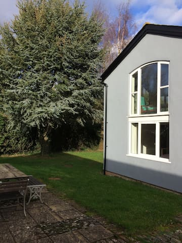 Rural barn conversion close to Exeter