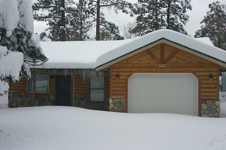 Cozy Big Bear Cabin *WiFi, Netflix* - Sugarloaf - Hus
