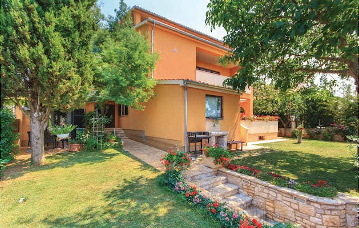 Awesome home in Fazana with WiFi and 1 Bedrooms