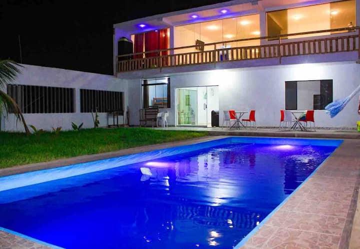 "Casa de playa ""Punto fijo"" en Punta Sal- Tumbes"