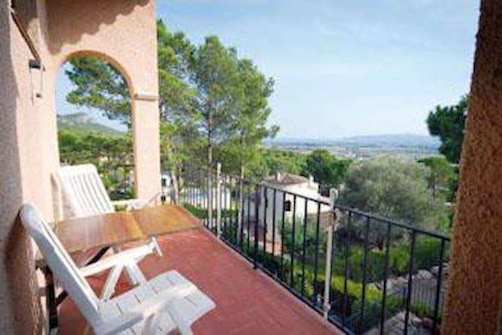 Torre Vella, 2 bedroom apartment with view!